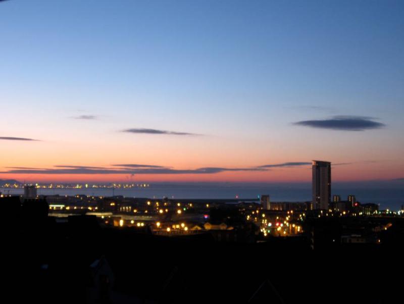 Swansea City Centre © Wikimedia Commons